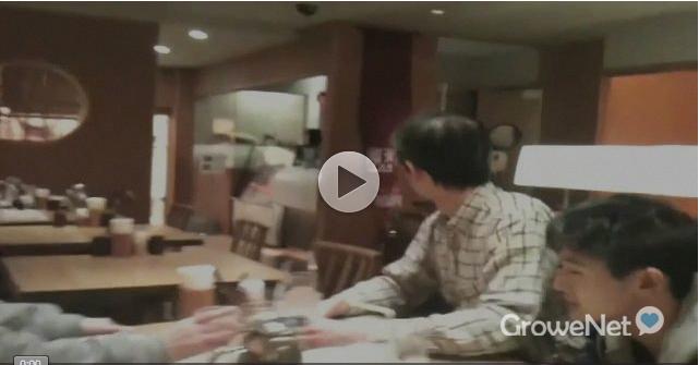 日本地震发生时一家餐厅出现惊人一幕